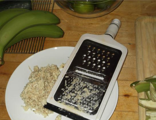 Grated greeen banana